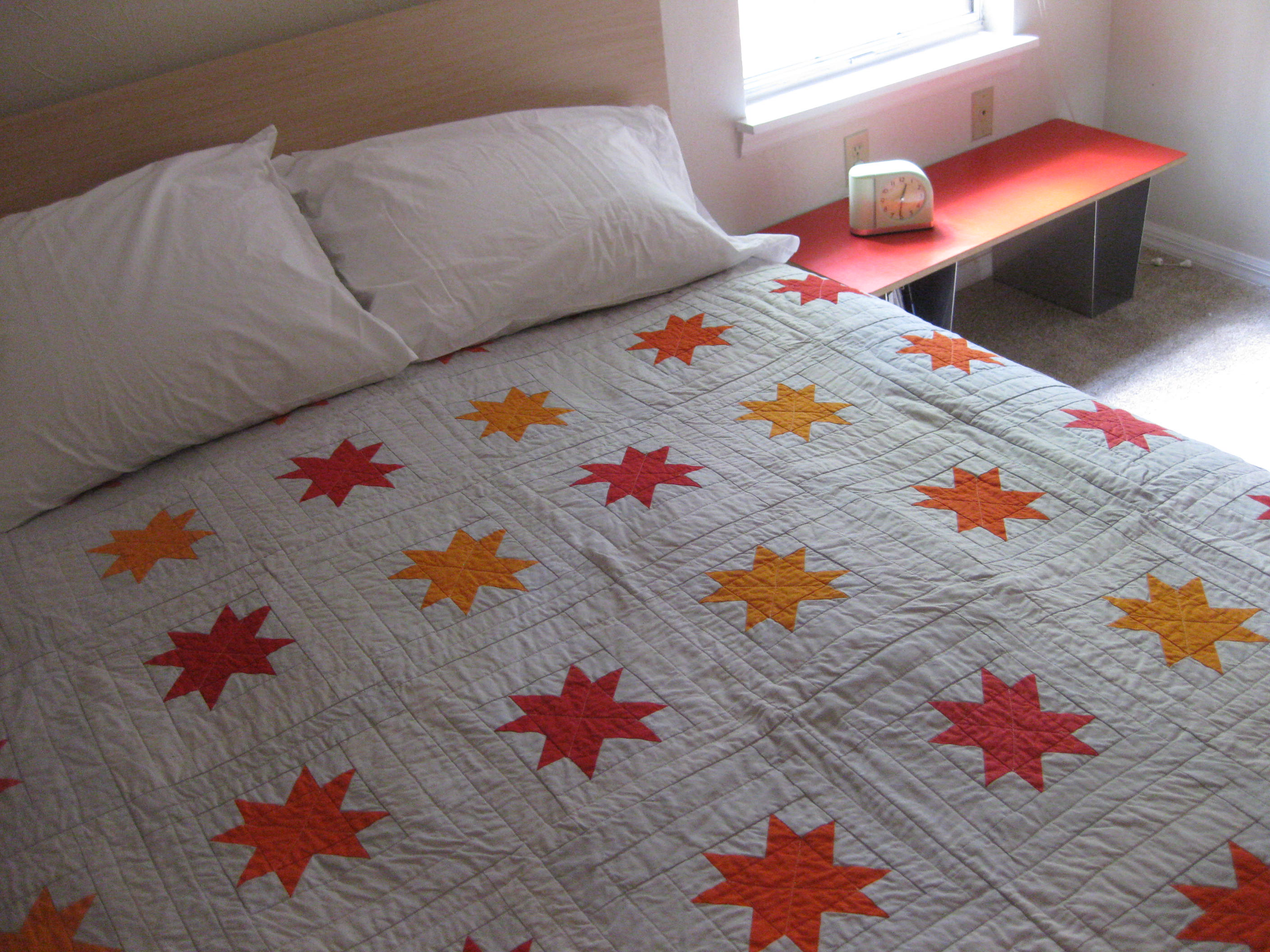 Free Quilt Pattern For 8 Point Star : Eight-point star quilt