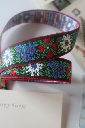 2012-12 Christmas Card Ribbon 021