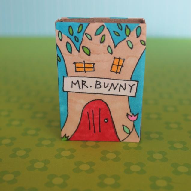 Mr. Bunny Matchbox 824