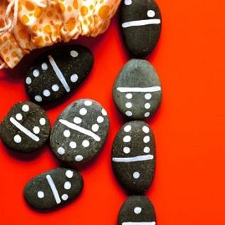 1 rock dominoes