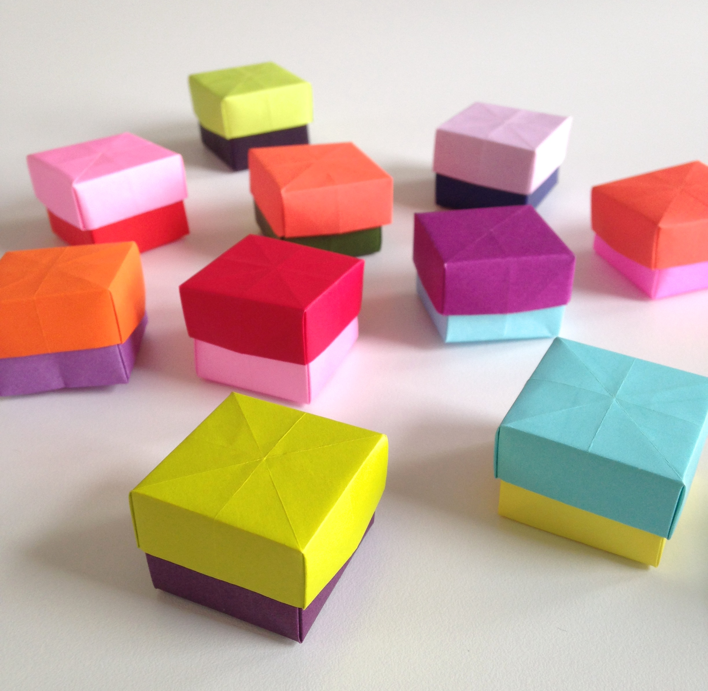 Diy how to make mini paper boxes for How to make simple things out of paper