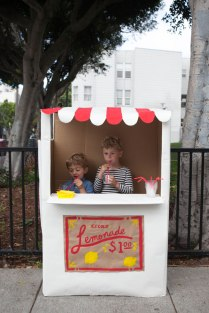 Lemonade Stand by Ohhappyday