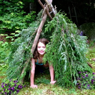 Tree Teepee by homemadecity.com