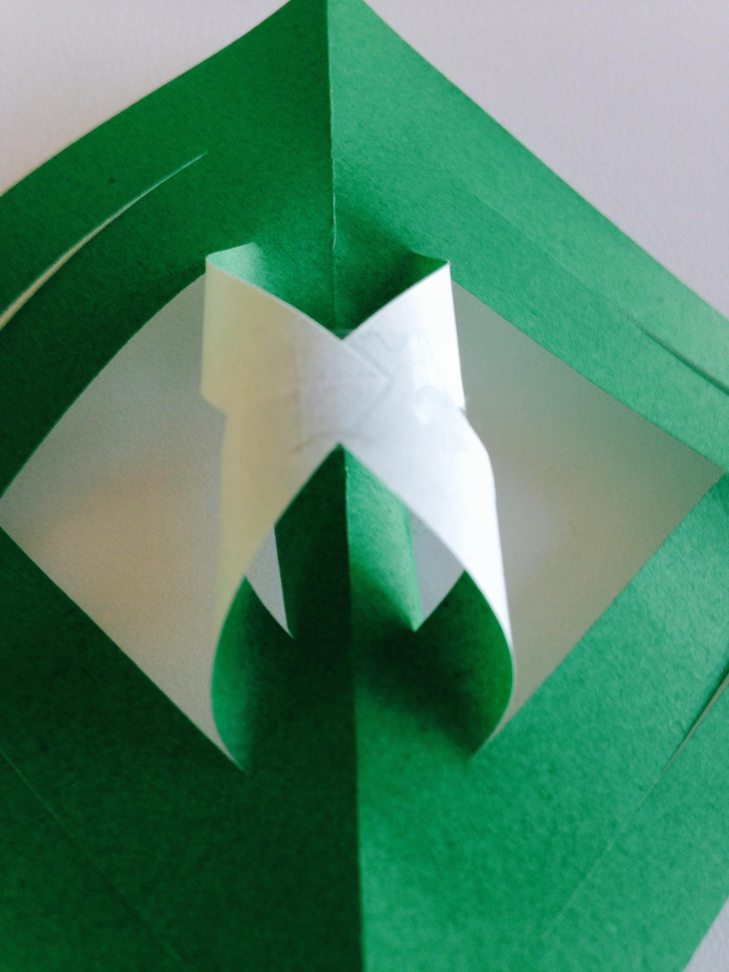 Diy 3d paper snowflakes for Diy paper snowflakes 3d